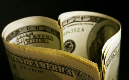 10 ефективних способів змусити чоловіка заробляти гроші