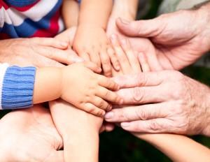 10 сімейних традицій, які зроблять Вашу родину міцною і щасливою