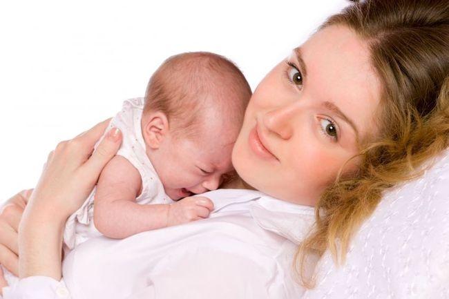 15 вірних способів заспокоїти малюка, що плаче - а Ви знаєте, чому плаче Ваш новонароджена дитина?