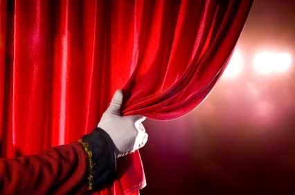 4 Найочікуваніші комедії в грудні 2013 на сценах театрів Москви