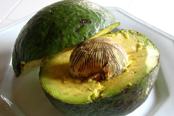 Авокадо: як його їдять? Що можна приготувати з авокадо?