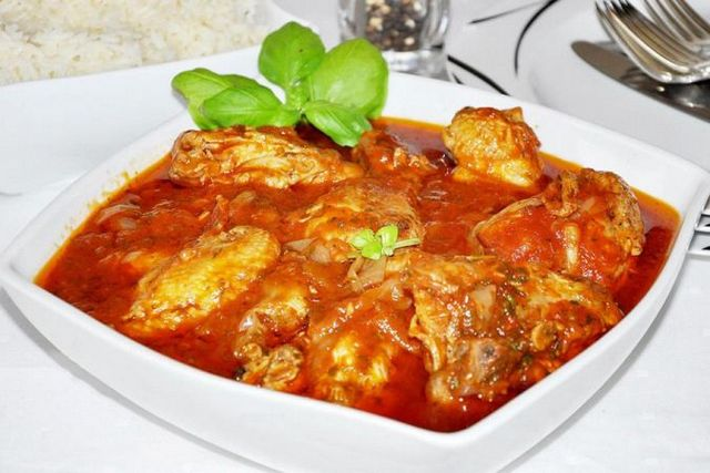 Чахохбілі у винному соусі: оригінальний рецепт