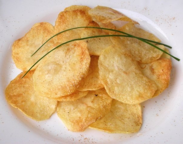 Чіпси в домашніх умовах: як приготувати? Рецепти солодких і солоних чіпсів