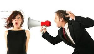 Що робити, якщо начальник кричить на підлеглих: інструкція з виживання поруч з грубим начальником