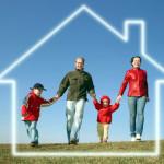 Будинок, котедж або таунхаус. Що краще для молодої сім'ї?