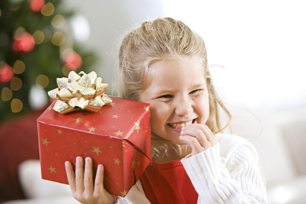 Як дарувати подарунки дітям на Новий рік - оригінальні ідеї від Діда Мороза