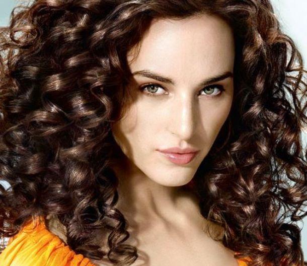 Як накручувати волосся правильно?