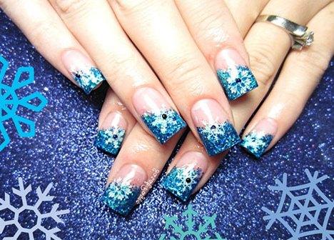 Як намалювати сніжинку на нігтях?