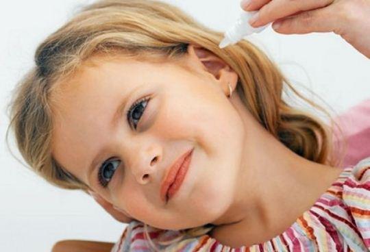 Способи промити вухо в домашніх умовах