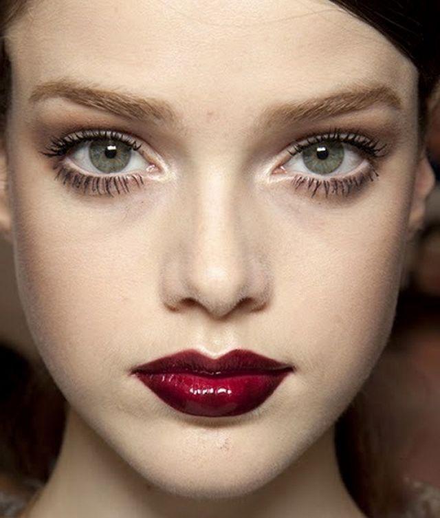 Як зробити очі більше? Особливості макіяжу та хитрості візажистів
