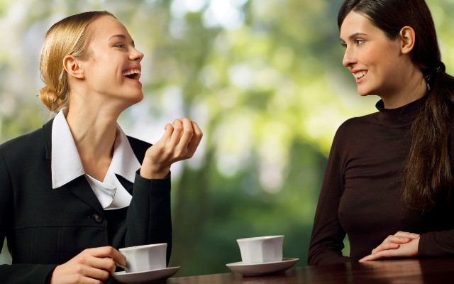 Як стати товариською? Психологія спілкування з людьми: основні принципи