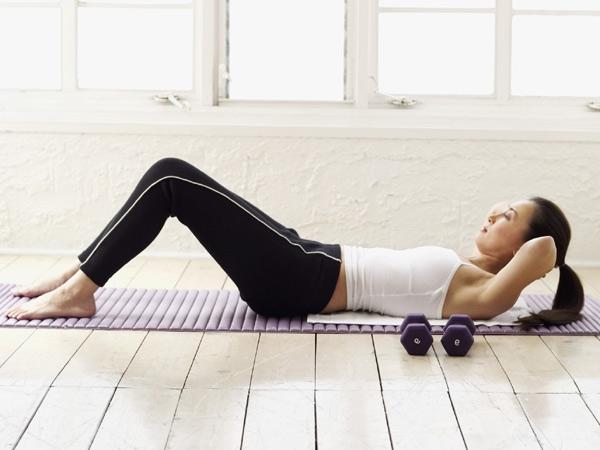 Як прибрати низ живота швидко? Дієві вправи і правильний раціон
