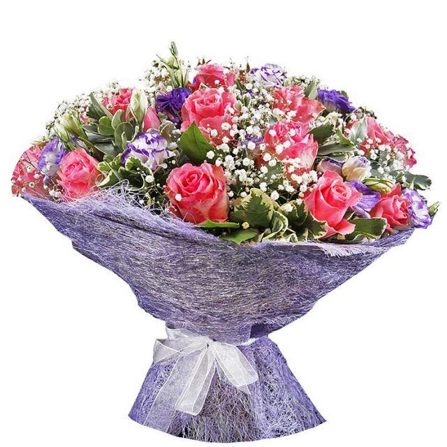 Як упакувати квіти? Упаковка букетів: основні правила та оригінальні ідеї