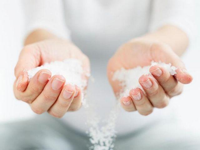Як вивести сіль з організму? Профілактика, спеціальна дієта і народні засоби
