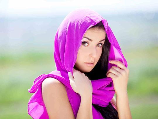 Як зав'язувати шарфи, хустки, палантини?