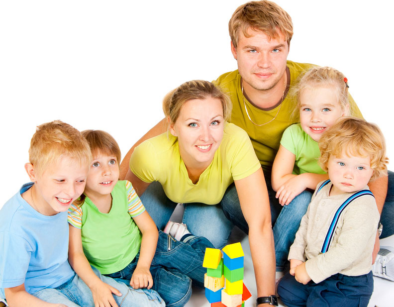 Які пільги багатодітним сім'ям покладені в Росії в 2013 році?