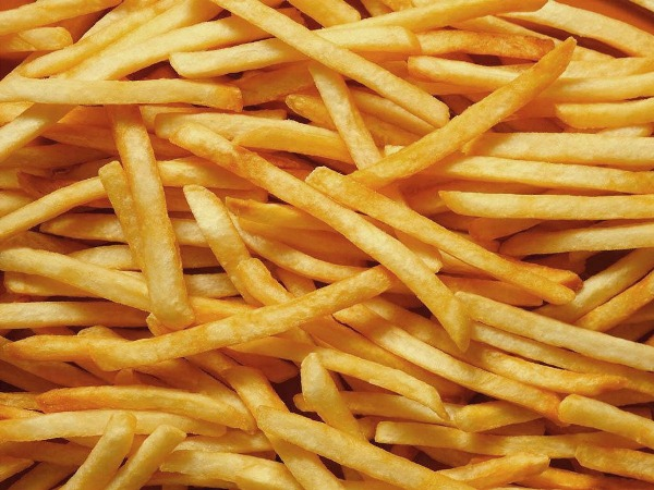 Як зробити картоплю фрі будинку?