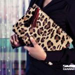 Клатчі, сумки та рукавички Gianni Chiarini