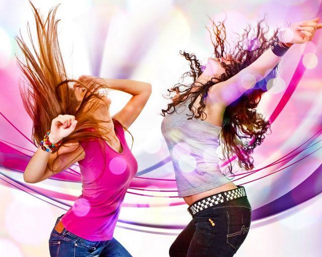 Клубні танці для дівчат: задоволення з користю