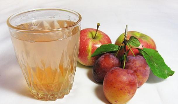 Компот в мультиварці: рецепти з фруктів і ягід