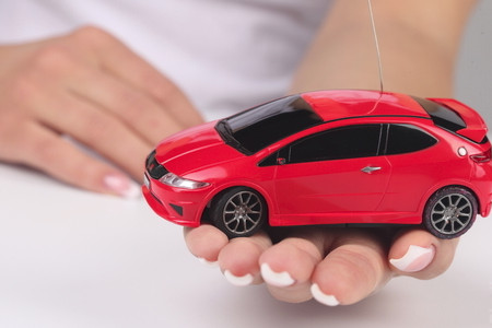 Хто зможе купити автомобіль на материнський капітал