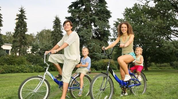 Куди піти з дитиною? Як весело і з користю відпочити з дітьми вдома, на природі, у вихідні