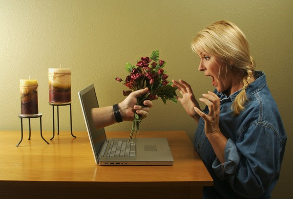 Любов по інтернету - небезпеки і перспективи віртуальних відносин