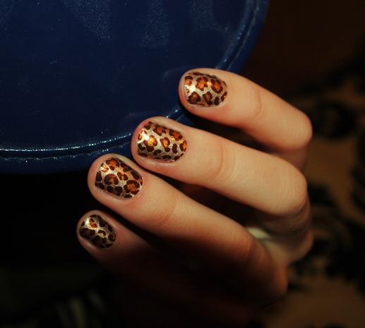 Модний дизайн нігтів 2013 - леопардовий