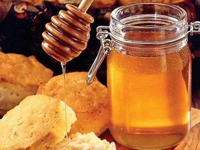 Чи можна поправитися від меду? Калорійність меду