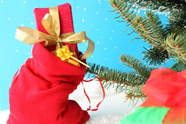Новорічні презенти: даруємо подарунки дітям, коханому, батькам і колегам
