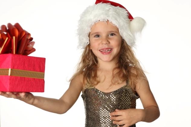 Новорічний подарунок дітям: що дарувати
