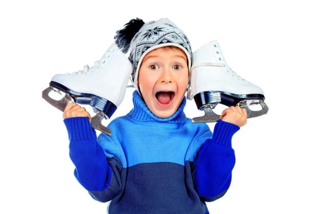 Хлопчик з ковзанами: новорічні подарунки
