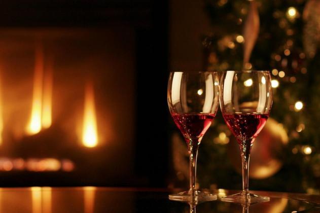Романтична вечеря: як відзначіті новий рік Із немовлям
