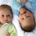 Особливості догляду за новонародженими двійнятами - чи легко бути мамою двійні?
