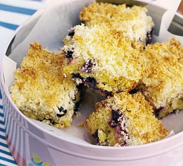 Пиріг з чорницею в мультиварці: рецепти. Як приготувати пиріг з чорницею?