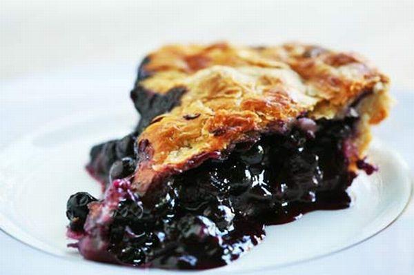 Сирний пиріг з чорницею в мультиварці