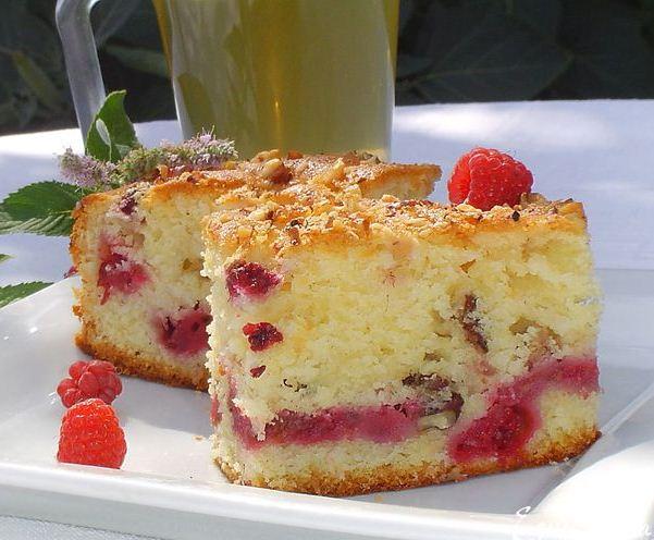 Пиріг з малиною в мультиварці: рецепти. Як приготувати пиріг з малиною і сиром?