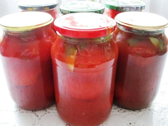 Помідори в томатному соку на зиму
