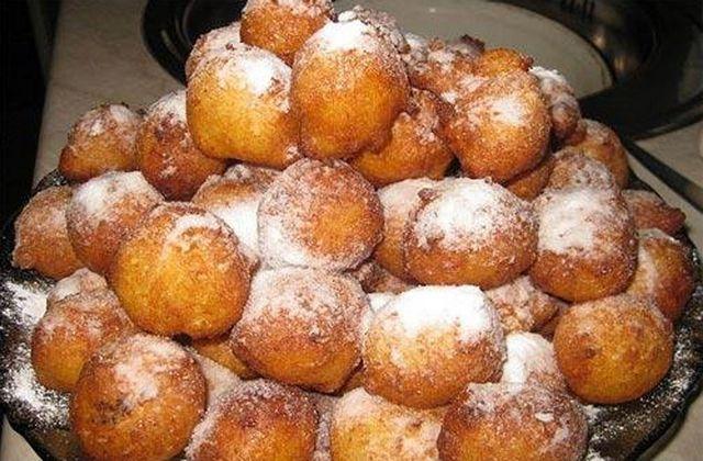 Пончики з сиру: рецепт. Як приготувати смачні сирні пончики?