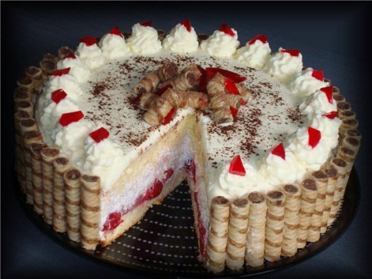 Рецепт крему для прикраси торта: 7 різних варіантів