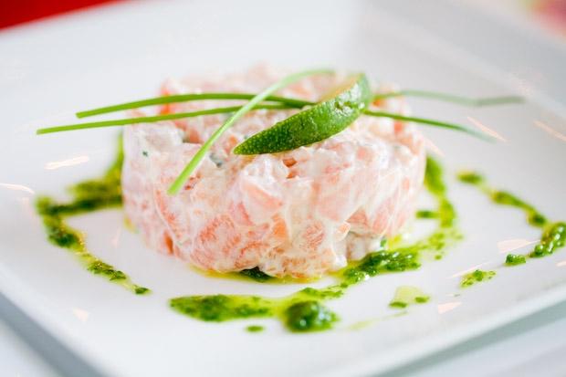 Тартар з лосося: рецепти. Як приготувати тартар?