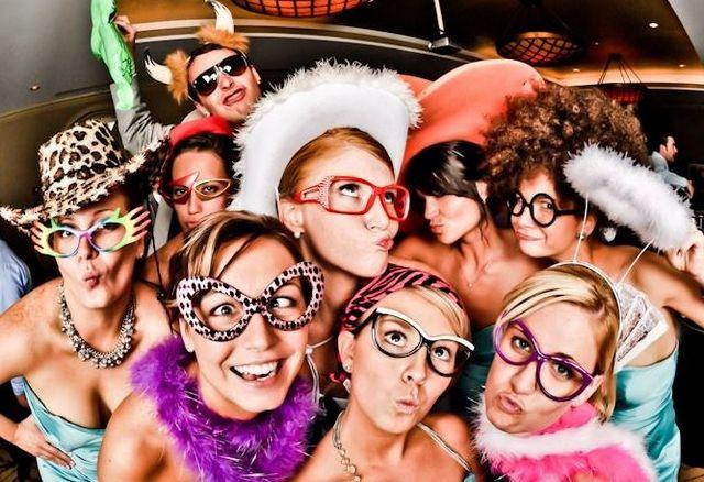 Тематичні вечірки: ідеї. Тематичні вечірки в домашніх умовах
