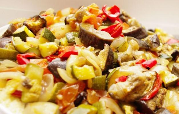 Овочі тушковані в мультиварки Редмонд: приготування