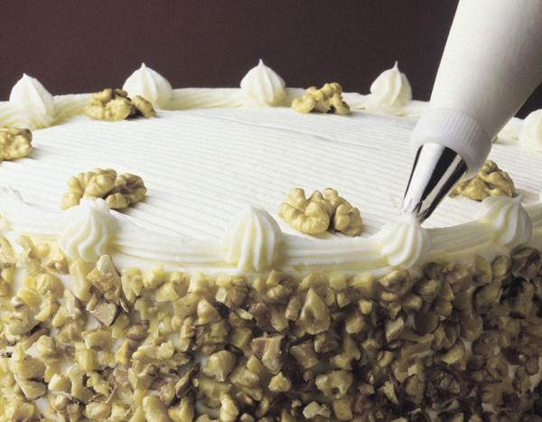 Прикраса тортів кремом. Правила приготування кремів та способи прикраси