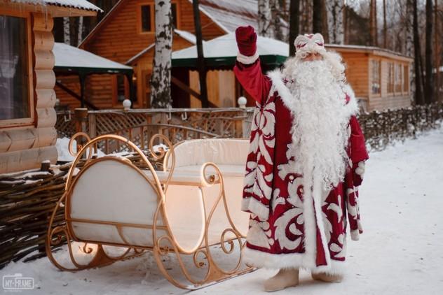 У Уральської резиденції Діда Мороза відсвяткували день народження головного новорічного чарівника