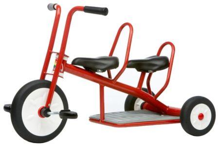 Велосипед для двійнят: тонкощі вибору