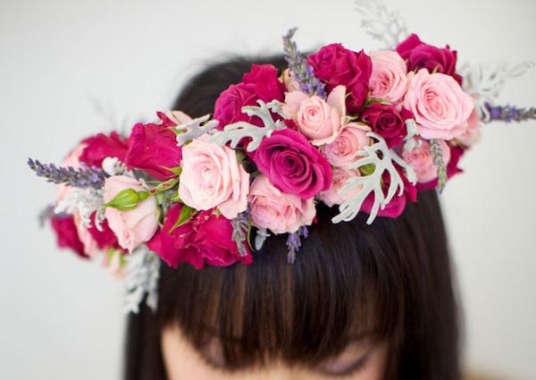 Вінок з квітів на голову. Як виготовити вінок на голову з живих і штучних квітів