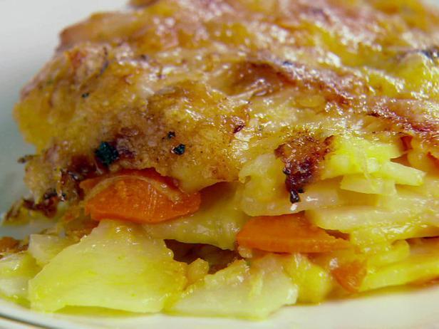 Запіканка картопляна в мультиварці: рецепти. Як приготувати картопляну запіканку?