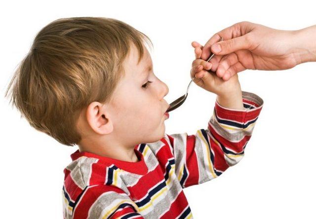 Затяжний кашель у дитини: причини і лікування. Через що може бути затяжний кашель у дитини без температури?