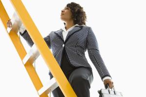 Жінка і кар'єра: яких помилок треба уникати на шляху до успіху